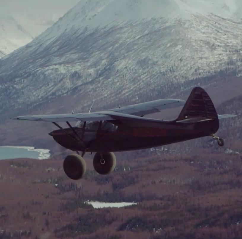 vliegtuig cessna bergen