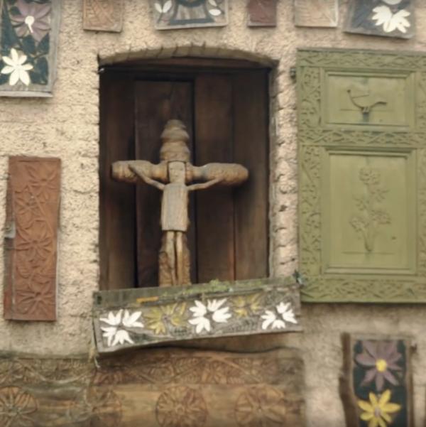 echt susteren kruisbeeld
