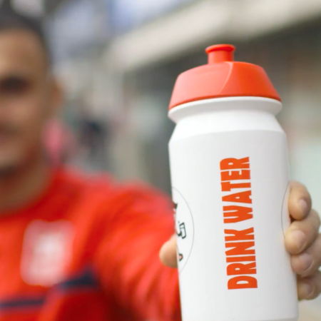 bidon drink water campagne gamin